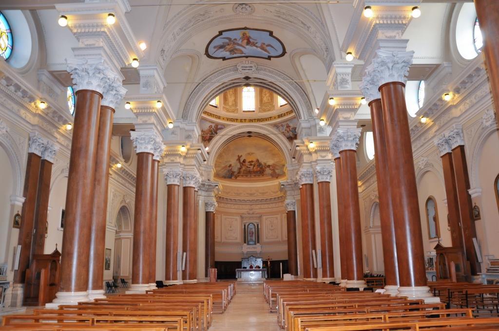 interno_Chiesa_Madre_Trinitapoli