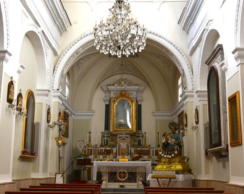 interno_Chiesa_di_San_Giuseppe_Trinitapoli Foto di Giuseppe Beltotto